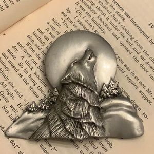 Vintage Limited Wolf Howling at the Moon Brooch